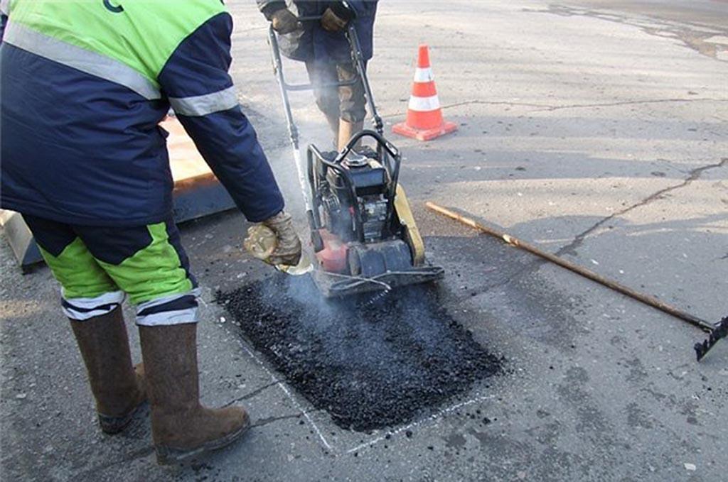 ucladka-holodnyi-asfalt